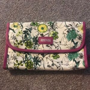 Handbags - Travel Toiletries Bag